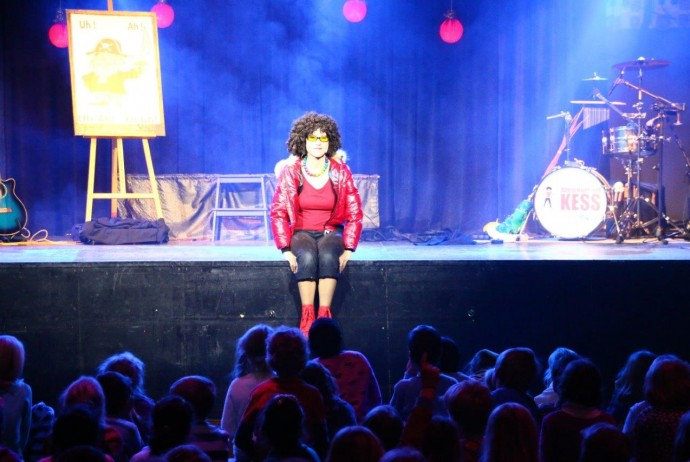 Abenteuer mit KESS im Werk2 Leipzig Kinderprogramme mit Live Musik Weihnachtsprogramm Kindermusical